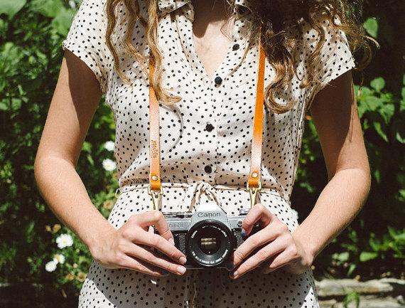 Etsy - Correa para cámara de cuero clásica